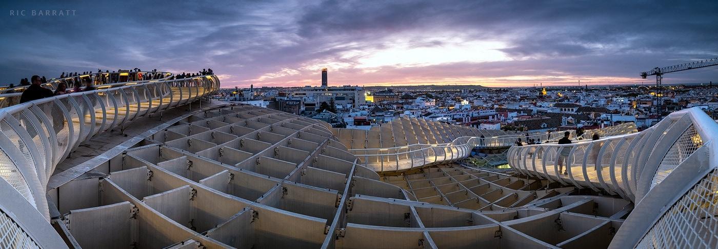 The wooden lattice rooftop of Seville's impressive 'mushroom parasol'.